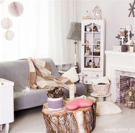 Białe aranżacje shabby chic Jak urządzić wnętrza w stylu