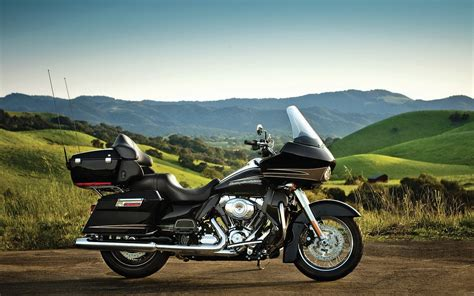 Harley Davidson Road Glide Ultra Wallpaper by 45 Road Glide Wallpaper On Wallpapersafari