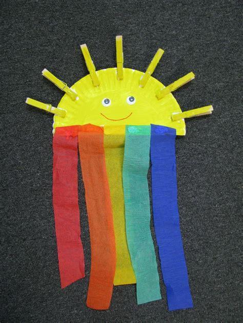 rainbow craft  preschool  rainbows