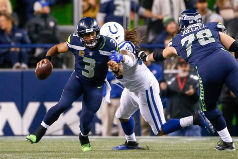 russell wilson adjusts contract  accommodate  duane