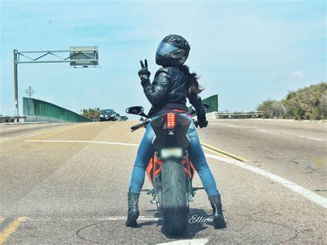 ellie  nurse  rides  motorcycle moto lady