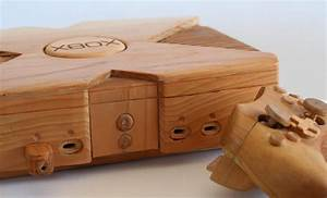 Wooden XBox: When Playing The Real Console Is Not Enough