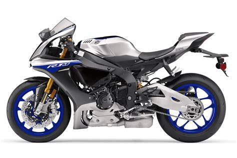 Review Yamaha R1m by 2017 Yamaha Yzf R1m Review