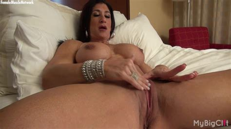 Hot Italian Plays With Her Hot Big Clit Porn Videos Tube8