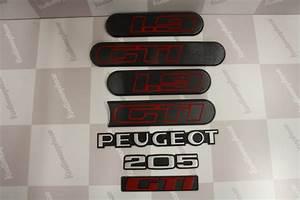 Monogramme Peugeot : kit complet monogramme logo peugeot 205 gti 1l9 phase2 noir kustomorphose ~ Dode.kayakingforconservation.com Idées de Décoration