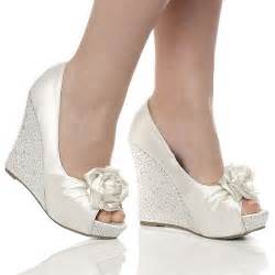Silver Wedges For Wedding