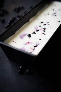 Vanilleeis Rezept Ohne Eismaschine : vanilleeis mit johannisbeertopping ohne eismaschine schmecktwohl ~ Eleganceandgraceweddings.com Haus und Dekorationen
