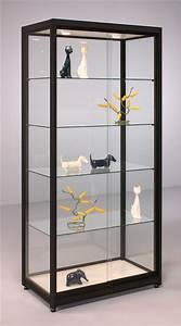 Vitrine En Verre Pour Collection : choisir sa vitrine pour miniatures automobiles ~ Teatrodelosmanantiales.com Idées de Décoration