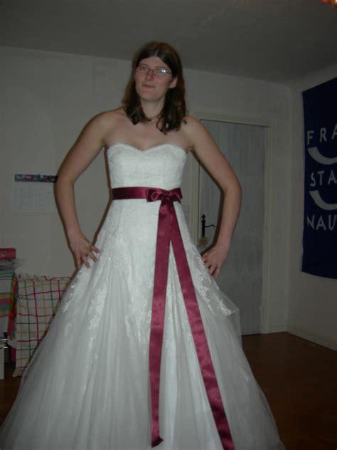 comment faire une robe de chambre comment retoucher et accessoiriser ma robe de mariée