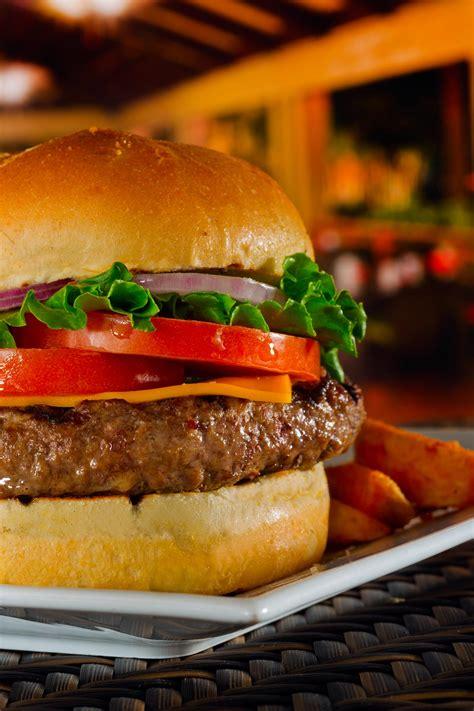 food photography cheeseburger