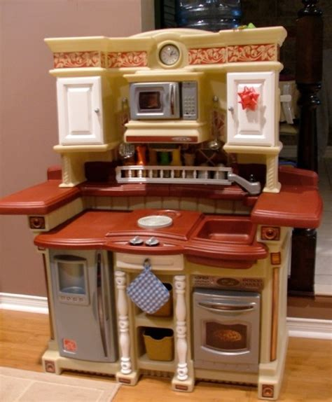 Kid Tested: Step2 Party Time Kitchen : Growing Your Baby