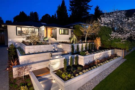 steel retaining wall exterior midcentury  front yard