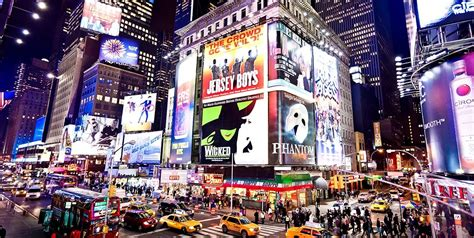 Best Hotels For Experiencing New York's Times Square