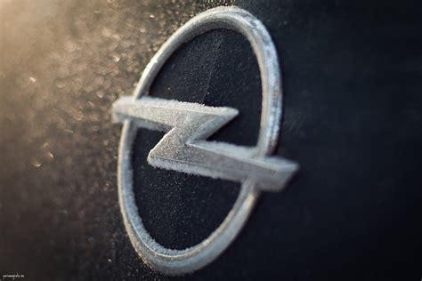 badge origin   shocking lightning bolt