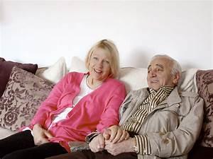 Maison De Charles Aznavour En Suisse : mort de charles aznavour pourquoi le chanteur vivait en suisse depuis plus de 45 ans closer ~ Melissatoandfro.com Idées de Décoration