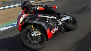 Aprilia-RSV4-HD-Wallpaper | Aprilia RSV4 Bike HD Images ...