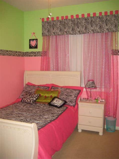 green  pink bedroom  color trends
