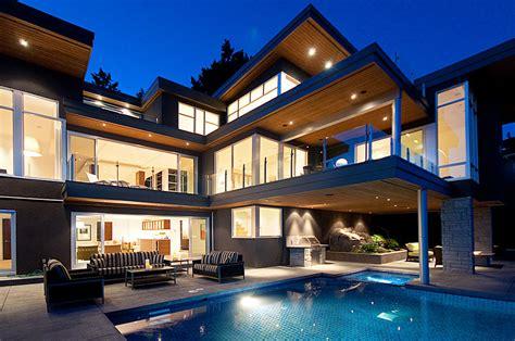 ultra modern residence  pricey pads