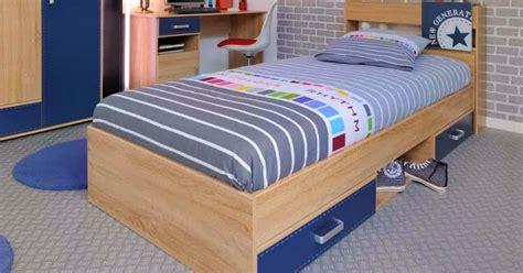 48 mewarnai gambar anak merapikan tempat tidur