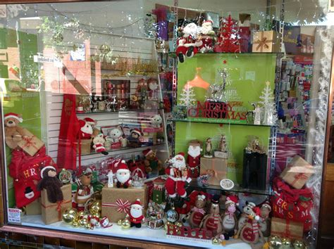 christmas shop window ideas store window display ideas for christmas images