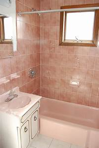 pink bathroom tile 301 Moved Permanently