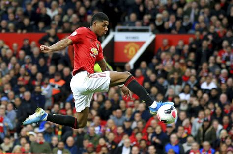 Manchester United Player Ratings vs Liverpool (January 17 ...