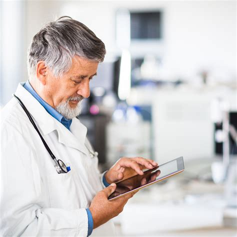 Doctor Tablett by Android Technology The Healthcare System Gets An