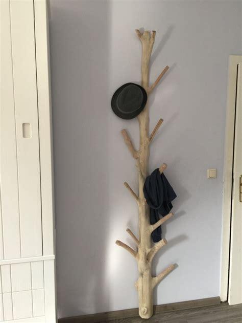wandgarderobe aus holz unikat standgarderobe aus