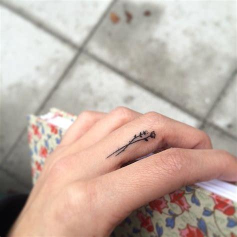 tulip tattoo ideas  pinterest
