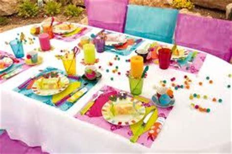 d 233 coration de table pas cher pour anniversaire d coration table anniversaire sur enperdresonlapin