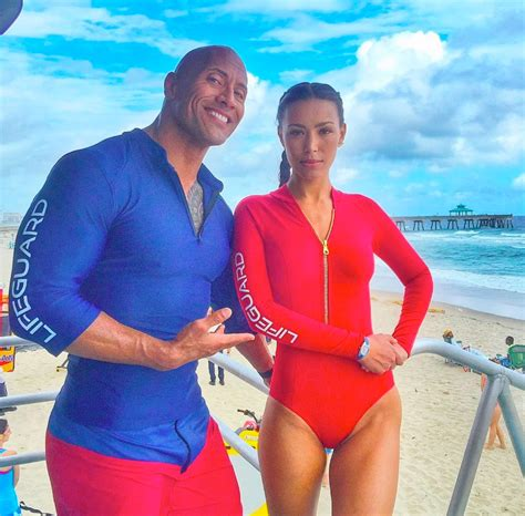 Dwayne Johnson & Kelly Rohrbach Hit
