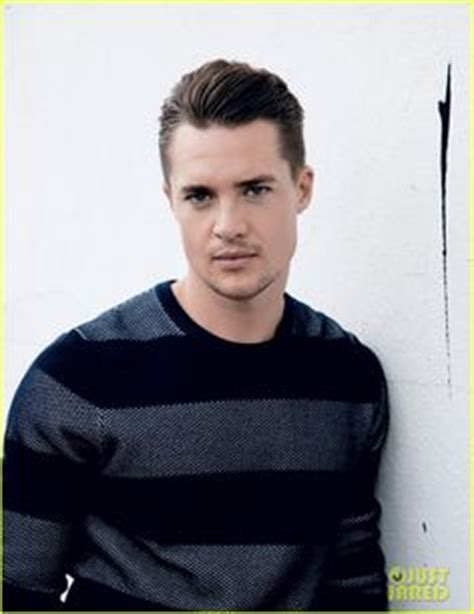 mark rowley sexy alexander dreymon as uhtred of bebbanburg with mark