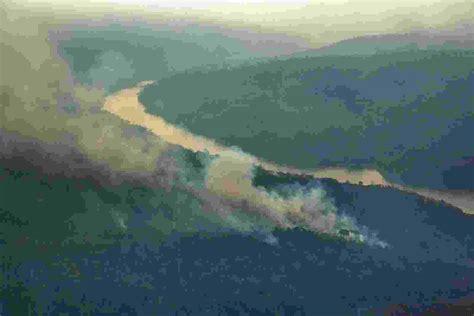 Fotos: Ibama tenta controlar incêndio histórico em terras ...