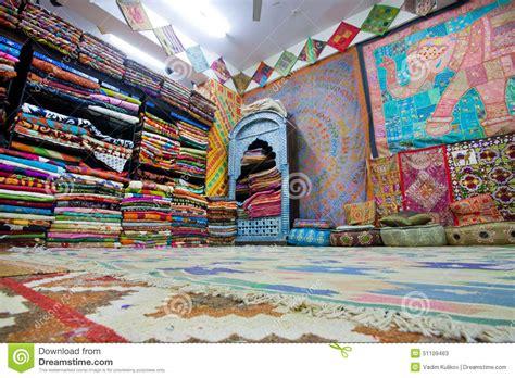int 233 rieur du magasin de textile avec les tapis color 233 s photo stock 233 ditorial image 51109463