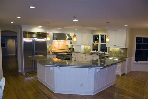 kitchen island big these 20 kitchen with large island 28 images these 20 stylish