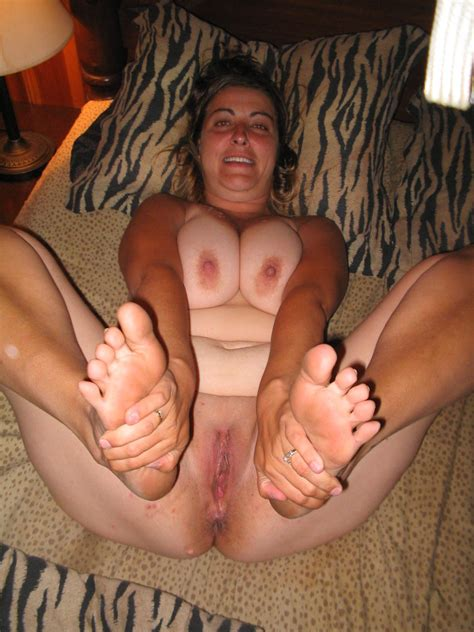 724975077 In Gallery Mature And Bbw Feet Ass And