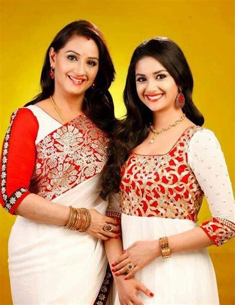 tamil actress keerthi suresh mother photos keerthy suresh with mother menaka photos actress rare