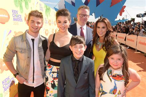 The Thundermans Cast Will Be Starring In A Movie Special