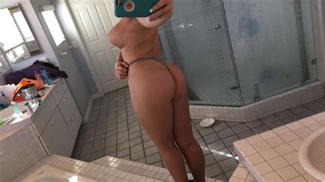 Zoie Burgher Nude Patreon Pics Sexy Youtubers
