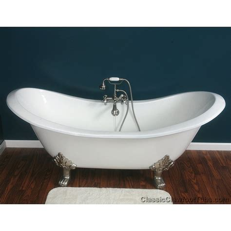 ideas for decorating a bathroom bathroom white clawfoot tub with cast iron legs and blue