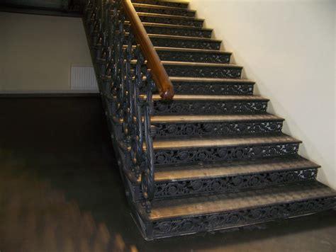 Mantojums   Kāpnes