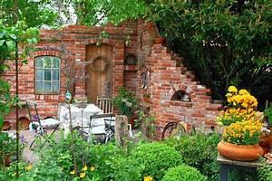 Alte Ziegelsteine Im Garten : gartendeko blog ruinenmauern ~ A.2002-acura-tl-radio.info Haus und Dekorationen