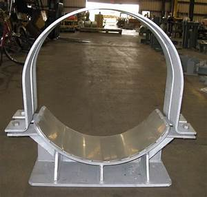 Custom Pipe Saddles With Guide Support And Stainless Setel