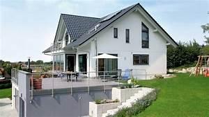 Aufzug Kosten Mehrfamilienhaus : bildergebnis f r haus am hang garage haus pinterest ~ Michelbontemps.com Haus und Dekorationen