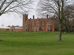 singles clubs in hertfordshire uk
