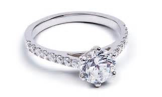 how to buy engagement ring a guide to buying the engagement ring