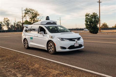 California Green Lights Fully Driverless Cars For Testing