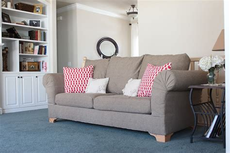 7 Seat Sectional Sofa by Do It Yourself Divas Diy Strip Fabric From A Couch And