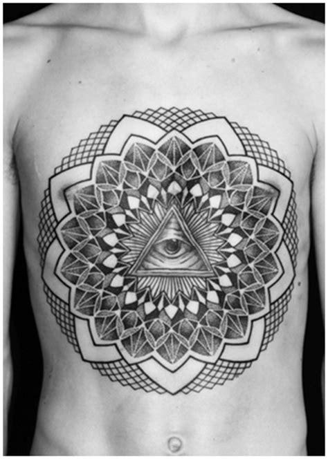 Manuel Winkler Black & Dotwork Tattoos