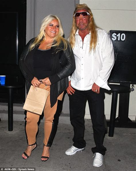 dog the bounty hunter and wife beth 39 sued for 30m by
